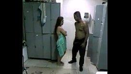 Flagra da casada dando no vestiario