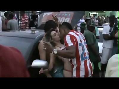 Sexo no Carnaval da Bahia na praia